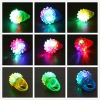 ingrosso giocattoli morbidi della gelatina-Colorful LED Lights Ring Flashlight LED Guanti Cool Light Up Bubble Ring Partito Soft Jelly Glow favore di partito Giocattoli regali di Natale