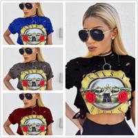 armes sexy achat en gros de-Été 2017 Femmes Sexy Crop Tops Col Rond Trous Manche Rose Bande Impression Navel Court Guns Et Des Crânes T-shirt Pour Les Femmes