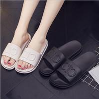 frauen plastik pantoffel großhandel-Neue weibliche Hausschuhe Mode Frauen Weichen Boden Schuhe Mädchen rutschfeste Kunststoff Sandale Frau offene Sandalen