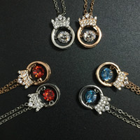 black queen korean - Korean Accessories Necklace Classic Charming Queen Crown Necklace With Dancing Crystal Stone Pendant Necklace Angel Wing Jewelry