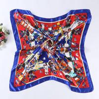 ingrosso sciarpe di seta in poliestere-Sciarpa quadrata Carattere umano Stampa Satin 90cm Buona qualità Sciarpa di seta imitata di grandi dimensioni Scialle in poliestere Hijab A90SDFJ007