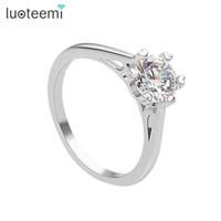 ingrosso carati d'oro-LUOTEEMI Brand New Hot Sell 1 Carat Hearts Frecce Cubic Zirconia Wedding Ring per le donne White Gold-Color Anello di fidanzamento