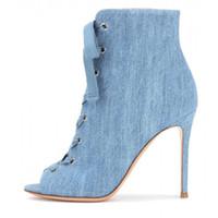 blaue satin peep toe fersen großhandel-2017 sommer und herbst Cowboy Stiefel blau Denim jeans sexy high heels stiefeletten 10 cm peep toe mode satin schuhe für frau stilettos
