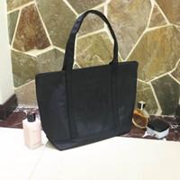 pailletten kosmetiktasche großhandel-Luxuxlogoeinkaufstasche Pailletten-starke Oxford-Taschen klassisches Muster Reise-Beutel-Frauen-Wäschebeutel-kosmetischer Verfassungs-Aufbewahrungsbehälter 3 Farbe