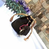 Wholesale Ladies Leather Drawstring Bag - 2017 AAA+ Ladies MINI Bucket Bag Women Shoulder Bags Quality Real Leather Drawstring Shoulder Bags Handbags For Wome SN#L81 Have Zero Purse