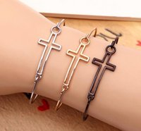 New Fashion Trendy Cheap Gold Silver Black Cross Bracelet charme Bangles Classic Fashion Jewellery Abertura Pulseira Design para Mulheres aa140