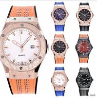 Wholesale Famous Women Military - Lovers Men Reloj Hombre Famous Chronograph Sport Diamonds Women Watches Top Brand Luxury Military Quartz Watch Clock Relogio Masculino