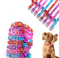 Soft PU Small Cute Dog Cat Collier de mode avec coeur Cheap Safety Cartoon Dog Cat Collier en gros 4 couleurs Mix Order 60PCS / LOT