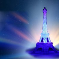 led eiffel kuleleri toptan satış-Renkli Eyfel Kulesi Nightlight Paris Tarzı Dekorasyon LED Lamba Moda Masa Yatak Odası Akrilik Işık 50 adet / grup