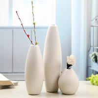 Wholesale 2017 Ceramic small vase ornaments creative simple home decorate a set of three pieces