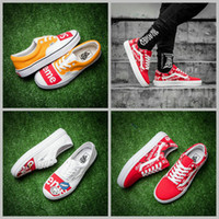 Wholesale Canvas Slip Shoe - 2017  X Supreme Graffiti Old Skool Skateboard Shoes Women Mens Sup White Yellow Red Slip on Casual Sport Sneakers