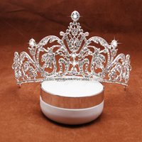 Wholesale High End Crowns Tiaras - High End Noble Crystals Wedding Accessories 2017 Latest Beaded Glitter Bridal Crown and Tiaras Fashion Bride Headpieces Free Shipping