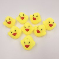Großhandels- 1Pcs Mini Farbe Neugeborene Babys Schwimmende Bad Schwimmende Kinder Squeeze-Sounding Dabbling Ducks Classic Toys 3.5cm * 3.8cm MYT01
