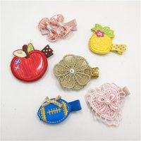 20pcs / Lot Faux Leather Apple Ananas Clip di capelli Rosa Paillettes Bow Tornante Blue Ball Barrette Gold Glitter Flower Grip cuore