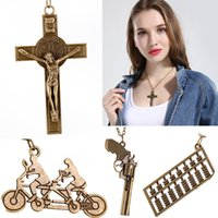Retro Steampunk Collier Vintage Element Pendants Collier La Croix Jésus Pistoque Bicyclette Abacus Charms Collier Femmes Lady Hip Hop Jewelry