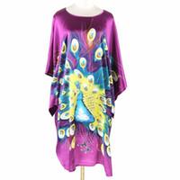 lila silk pyjamas großhandel-Großhandels-purpurrote chinesische Dame Sexy Silk Robe-Kleid-Neuheit-Kimono Yukata-Bad-Kleid-Minikurzschluss-Nachtwäsche-Blumen-Pyjamas plus Größe S40