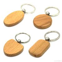 kalp şekli anahtarlık toptan satış-Özelleştirmek Sevimli Boş Ahşap Anahtarlıklar Kişiselleştirilmiş Kazınmış Anahtarlık Oyma DIY Dikdörtgen Kare Yuvarlak Kalp Şekli ücretsiz kargo