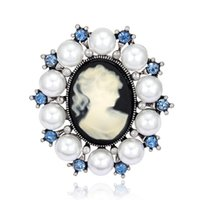 Wholesale Pearl Cameo Brooch - Wholesale- Fashion Antique Vintage Imitation Pearl Brooch Pins Female Brand Jewelry Queen Cameo Brooches Rhinestone For Women Gift PWBR003