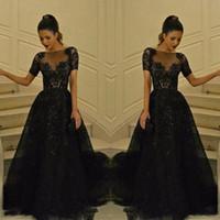 vestidos de noche largos fruncidos al por mayor-Cuello escarpado negro Vestidos de baile Mangas cortas Apliques de encaje Longitud total Fruncido Vestidos de tul Vestidos de noche Vestidos formales de Arabia Saudí