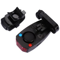 Bicyclette Smart Rear Light Bike Remote Control Signal Tail Lamp USB Rechargeable safe COB tailligh 3 modes