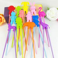 пластиковые тренировки детские палочки для еды оптовых-Wholesale- Free Shipping 100 pairs Children Kid Beginner Easy Fun Learning Training Helper   Rubber Plastic Chopsticks