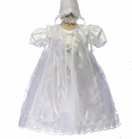 Wholesale Vintage Girls Bonnets - Vintage 2017 Baby Infant Christening Gown long charming Baptism Dress Gown Short Sleeves Lace Applique White Ivory With bonnet