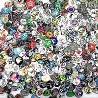 nosa snap charm buttons großhandel-Großhandelsmassenlose mischen Arten Ingwer 18mm Glasrunder Verschluss Schmuckbrockencharme schnappt Knopf für nosa Art