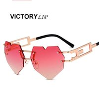 Wholesale Vintage Rose Mirror - 2018 New Vintage Hip Hop Heart Brand Designer Mirror Sunglasses Lady UV400 Rose Gold Lens Women Men Sun Glasses Cool Female