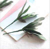 orquideas artificiales al por mayor-Caliente PU Artificial Verde mariposa orquídea Hoja Plástico Flor Hoja Inicio Boda Fiesta Decoración