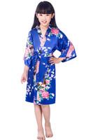 mädchen sommer bademantel großhandel-2017 sommer mädchen pfau Rayon Silk Robe Nachtwäsche Dessous Nachthemd Pyjamas Satin Kimono Kleid pjs bademantel kleid 6 teile / los # 4030