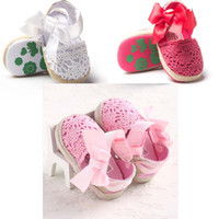 Wholesale pink baby crochet shoes - 3 colors new arrivals soft sole baby kids Girl Sandals baby summer pink white red bow Sandals