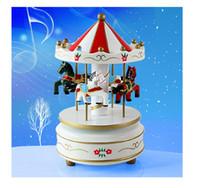 caixas de madeira de natal venda por atacado-1 PC New Vintage De Madeira Carrossel Merry-Go-Round Caixa de Música Clássica Crianças Presente de Casamento de Aniversário de Natal Brinquedo de Madeira Artesanato J0977