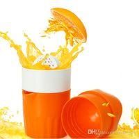 plastik zitruspresse großhandel-1 pc Orange Entsafter Kunststoff Hand Manuelle Orange Zitronensaft Presse Squeezer Fruits Squeezer Citrus Juicer Fruit Reamers