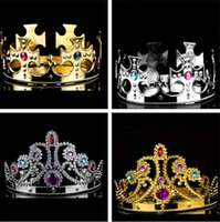 Chapeaux de luxe King And Queens Crown Cosplay Holloween Party Birthday Princess Chapeaux Casquettes Gold Silver Crown IC649