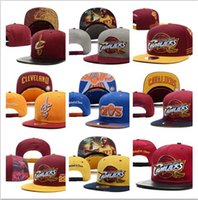 Wholesale Unisex Locker - NEW 2017 SnapBack Cleveland CAVS Locker Room Official Hat Adjustable men women Baseball Cap