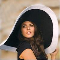 ruban de paille rose achat en gros de-Mode chaude femmes chapeaux de plage pour les femmes d'été chapeau de paille chapeau de plage chapeau de soleil chapeaux dames sexy noir et blanc chapeau à large bord