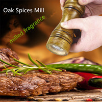 Wholesale Top quality Classical Oak Wood Pepper Spice Mill Grinder Set Handheld Seasoning Mills Grinder kitchen Cooking BBQ Tools