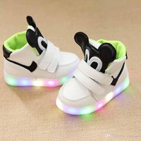 rato dos desenhos animados venda por atacado-Led Shoes for Children Kids Lighting Sport Running Shoe Casual Fashion Cartoon Mouse Baby Toddler Sneaker Luminous Athletic Flat Shoes