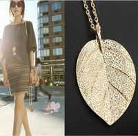 Wholesale gold leaf design necklace - Cheap Fashion Jewelry Maxi Necklace Gold Color Chain Leaf Design Pendant Necklaces & Pendants 2016 New For Women C495