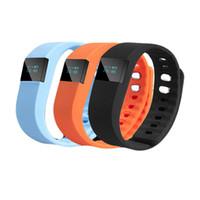 podómetro de muñeca de silicona al por mayor-Electrónica Podómetro TW64 Pulsera de silicona Movimiento sano Anti Perdida Pulsador Botón Bluetooth Reloj de pulsera flexible LCD 26 99gf J