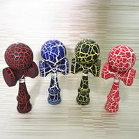 ingrosso kendama caldo giocattolo-Produttori di vendita calda giapponese tradizionale giocattoli in legno Kendama abilità palla crepa Jade Sword Ball 18,5 centimetri Kendama