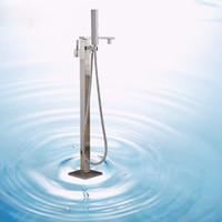 ingrosso il rubinetto del lavandino del bagno ha condotto-LED Colore nichel spazzolato Lusso Freestanding Vasca da bagno lavello rubinetto Rubinetto singola vasca da bagno Filler con mani in ceramica
