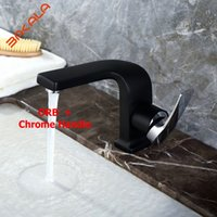 Luxe design à base de robinet Salle de bain Chrome / Black /../ Mixer Single handle Mounted Bathroom Sink Faucet