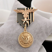 Wholesale Medals Brooch - Wholesale- 2017 Real New Arrival Plated Trendy Animal Men 's Suits Brooches Retro Eagle Tide Male Pinion Badge Metal Pin Accessories Medal