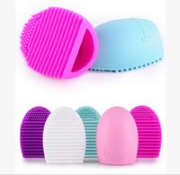 Wholesale Brushegg Cleaning Glove Makeup Washing Brush Scrubber Board Cosmetic Brushegg Silicone Cosmetic Brush Egg Colorful DHL