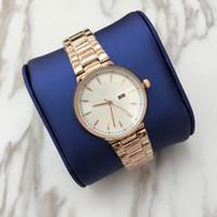 relojes populares al por mayor-2018 Top Brand watches Relojes de señora de moda reloj de pulsera de mujer Stainlesse reloj de pulsera de acero Reloj de mujer de lujo Popular vestido de reloj de las muchachas