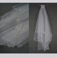 Sparkle Two Layer Short Wedding Veil Beaded Edge Elbow Length Tulle Ivory White Bridal Veils With Comb