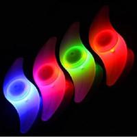 ingrosso le luci dei raggi della bici-Luci della bici Luci LED bicicletta del motociclo dell'automobile elettrica silicone Lampada Ruote Raggi LED 4 colori Flash allarme luce del ciclo Accessori lampada Led