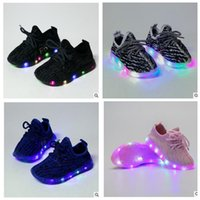 Wholesale Toddler S Shoes - Kids LED Shoes s Toddler Anti-Slip Sports Boots Kids Sneakers Children Light Up Trainers Sneakers Luminous Shoe KKA2044