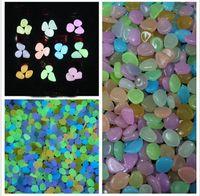 bahçe için hafif çakıl taşları toptan satış-Renkli Güneş Glow Taş Simülasyon Hafif Aydınlık Cobblestones Çakıl Akvaryum Balık Tankı Ev Bahçe Su Çeşme Dekorasyon